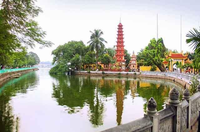 Những ngôi chùa thiêng ở Hà Nội để cầu may đầu năm