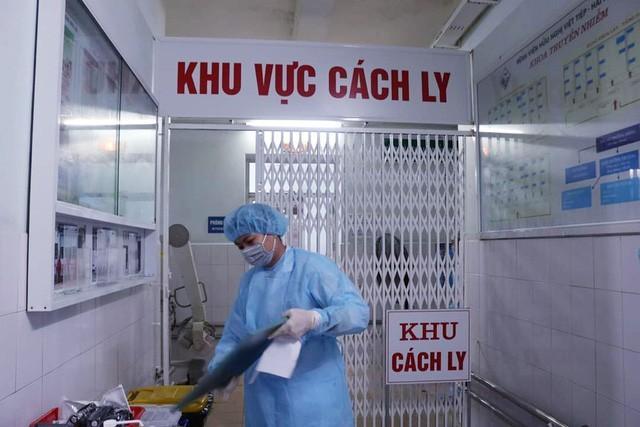 Bệnh nhân COVID-19 thứ 9 ở Việt Nam tử vong, Thứ trưởng Bộ Y tế nói gì?