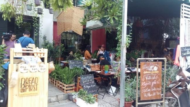 """Sài Gòn có phiên chợ """"người yêu cũ"""""""