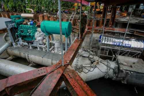 Vì sao đường Nguyễn Hữu Cảnh vẫn ngập dù có siêu máy bơm?