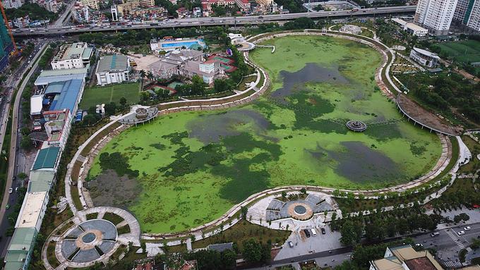 Hà Nội: Chậm đưa công viên trăm tỉ vào sử dụng