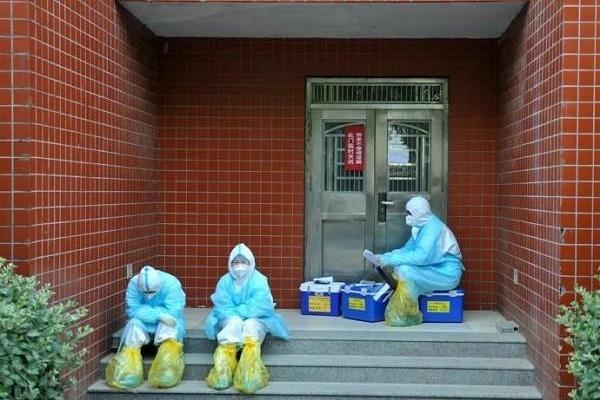 Ổ dịch COVID-19 Bắc Kinh khiến một huyện ở Hà Bắc bị phong tỏa