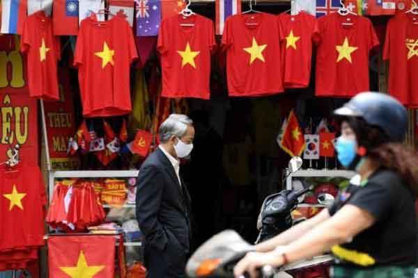 Báo Mỹ: Việt Nam tiên phong vượt qua COVID-19 trở lại nhịp sống bình thường