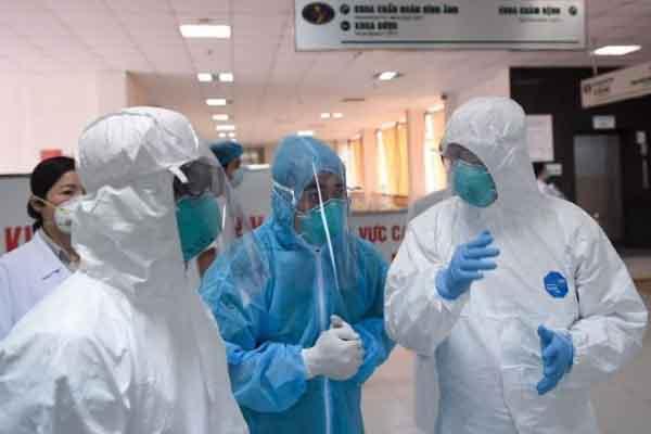 Hơn 9400 người đang được cách ly để phòng chống dịch COVID-19