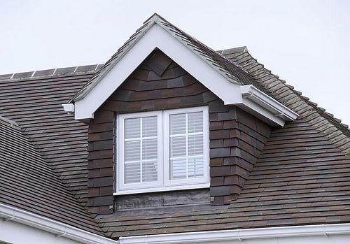 Nhà mái tam giác vừa đẹp vừa rẻ bạn nên tham khảo nếu đang cần một tổ ấm
