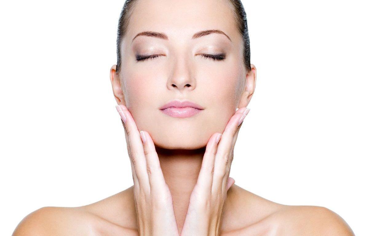 Mẹo rửa mặt đúng cách để mỹ phẩm phát huy tác dụng