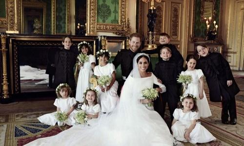 Cặp đôi Harry công bố ảnh đám cưới