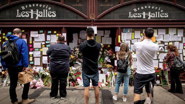 Hỏa táng thi hài đầu bếp Anthony Bourdain tại Pháp