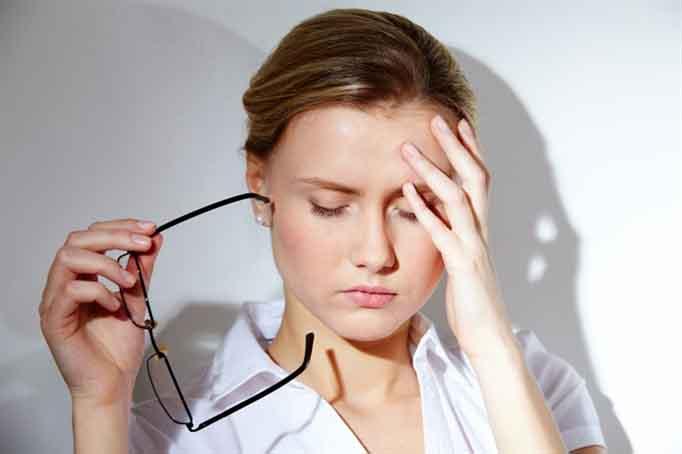 Mẹo tự điều trị những cơn đau đầu bất ngờ