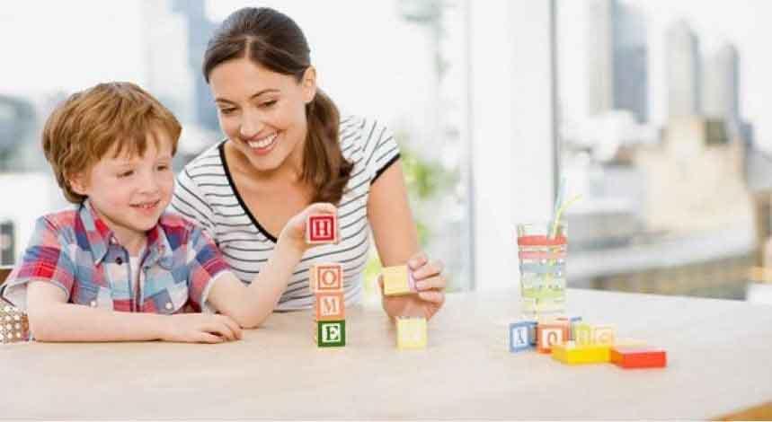 Thay vì cho con học chữ sớm, hãy dạy trẻ cách tư duy