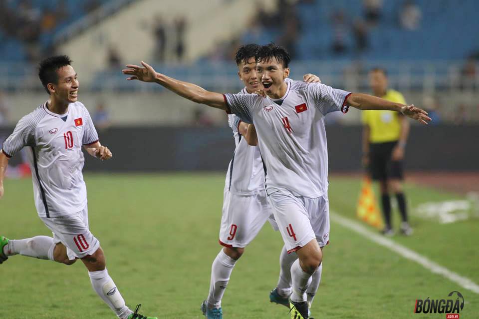 Đoàn Văn Hậu có thể chơi cùng đội U.19 VIệt Nam từ trận tứ kết