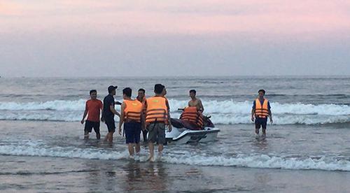 Thanh Hóa: 8 du khách gặp nạn và 1 người chết