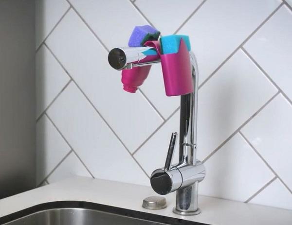 Vỏ chai dầu gội, sữa tắm có thể hô biến thành công cụ hữu ích