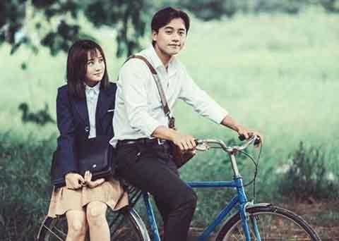 Bài hát Em gái mưa phá kỷ lục nhạc Việt