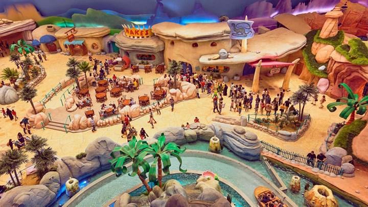 Khám phá công viên giải trí trong nhà World Abu Dhabi lớn nhất thế giới
