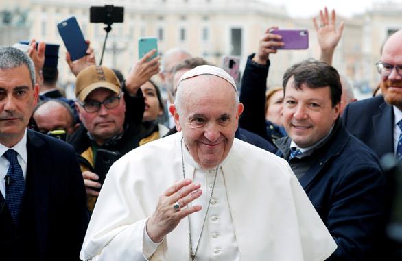 Giáo hoàng Francis âm tính với virus corona chủng mới