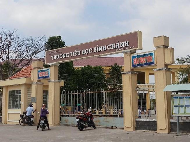 Vụ bắt cô giáo quỳ: Biểu quyết khai trừ đảng Võ Hòa Thuận