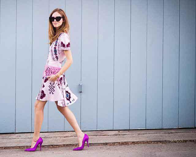 Phối giày hài hòa với trang phục