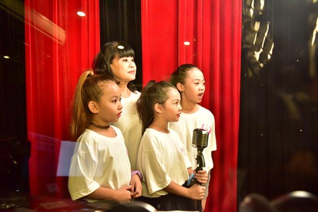 MV cộng đồng 'Giữ lấy tuổi thơ' hát chống lại nạn bạo hành trẻ em