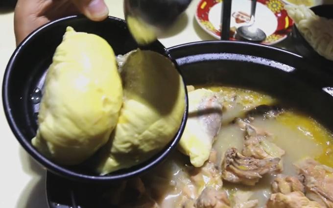 Lạ miệng món lẩu sầu riêng ở Quảng Châu, Trung Quốc