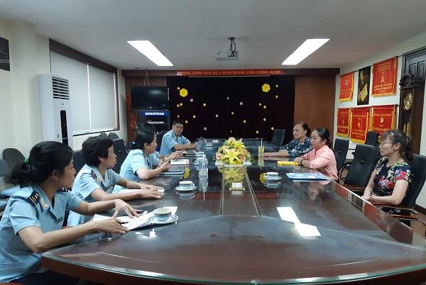 Hải quan Tân Sơn Nhất làm việc tất cả các ngày cho đến hết năm 2018