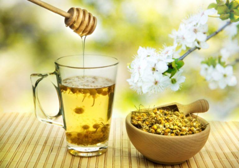 Bệnh trào ngược dạ dày: Mách bạn 3 cách tiêu biểu tự điều trị bằng mật ong dễ làm