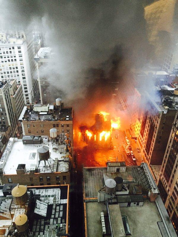 Từ việc cháy chung cư Carina, lưu ý một số cách thoát hiểm an toàn