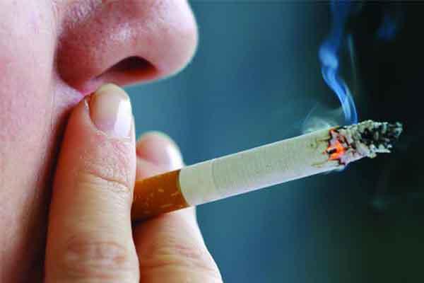 Hút thuốc lá thời điểm nào gây nguy hại nhất?