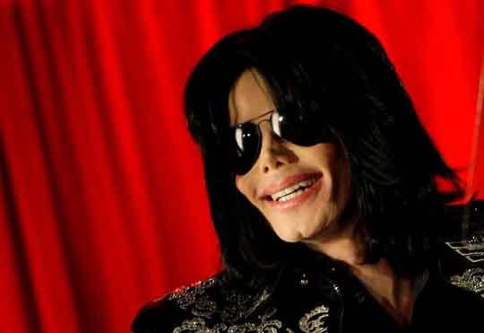 Phim tài liệu tố Michael Jackson ấu dâm bị phản ứng dữ dội