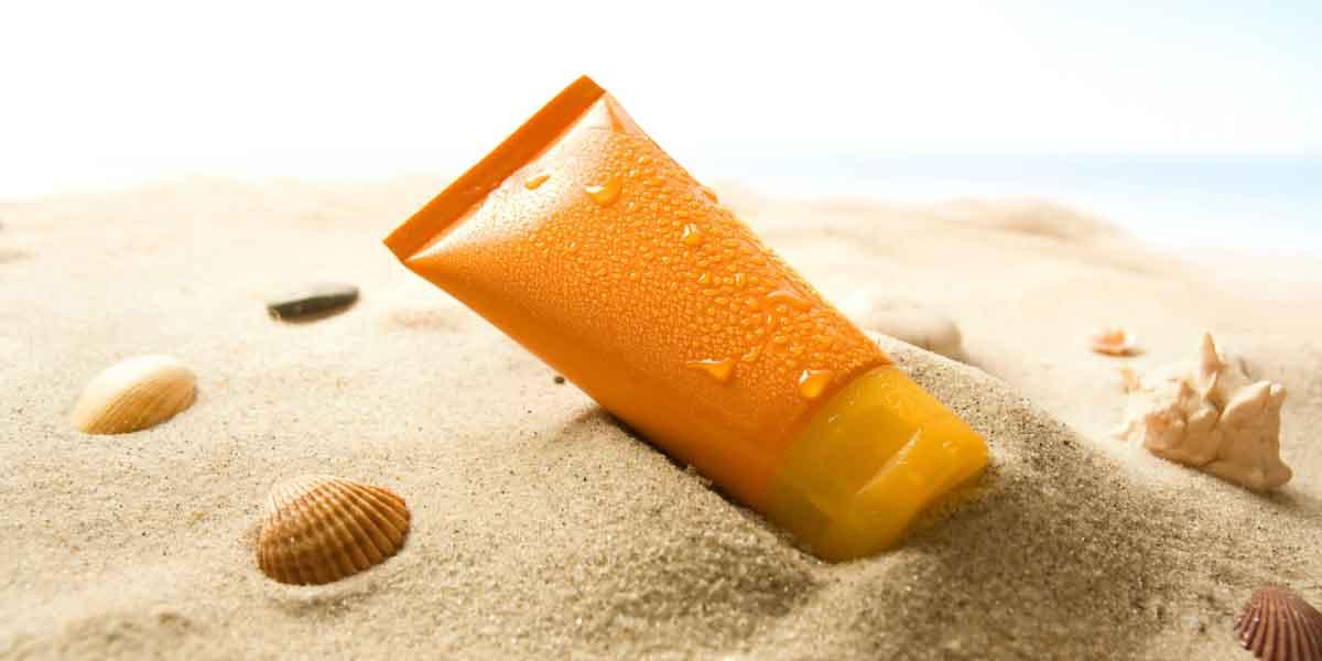Hợp chất trong kem chống nắng có thể sẽ hấp thụ vào máu