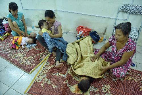 Cháy bất ngờ, khu trọ cho bệnh nhân nghèo ở Hà Nội bị thiêu rụi