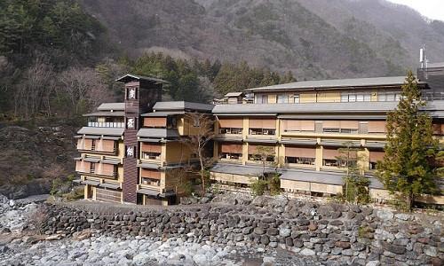 Khám phá khách sạn cổ nhất thế giới tại Nhật Bản
