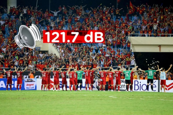 8 vạn CĐV Mã chỉ đứng hạng 2, CĐV Việt Nam bất ngờ lập kỷ lục tại AFF Cup 2018