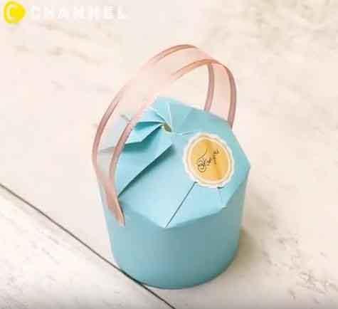 Làm hộp đựng quà từ ly giấy uống nước