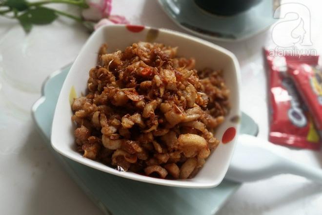 Món ăn dân dã: Tóp mỡ chưng mắm tép