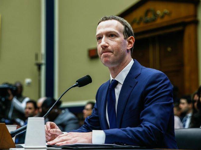 Facebook thừa nhận chia sẻ dữ liệu cho hàng chục công ty