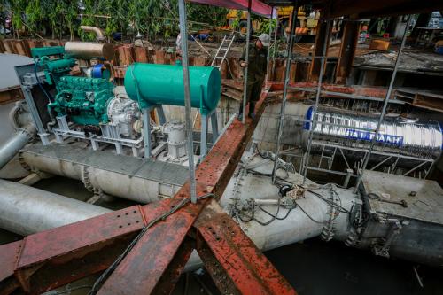 Để chống ngập, TPHCM muốn thuê siêu máy bơm