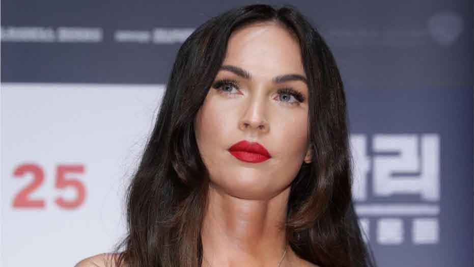 Megan Fox từng có lúc suy sụp vì vai diễn gợi tình