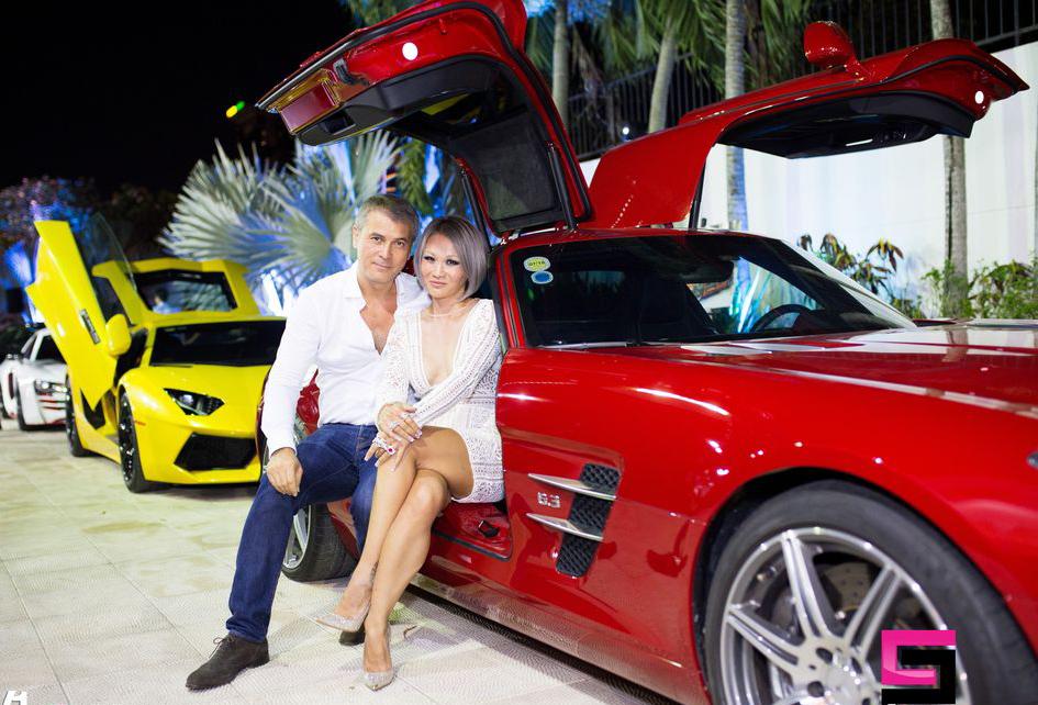 Ngỡ ngàng rất nhiều quý ông mê siêu xe hơn bạn gái