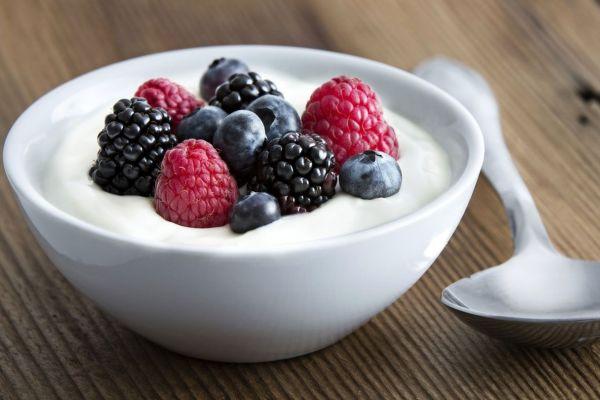 Bật mí công thức làm sữa chua 'mix hỗn hợp' giữ dáng, đẹp da