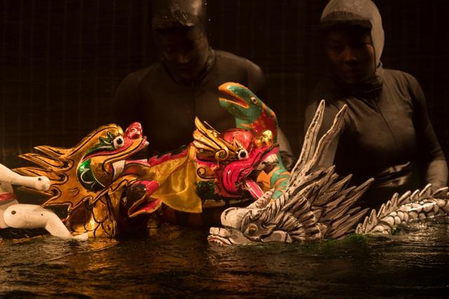 Mơ rồng - Vở diễn rối nước táo bạo và đầy thách thức