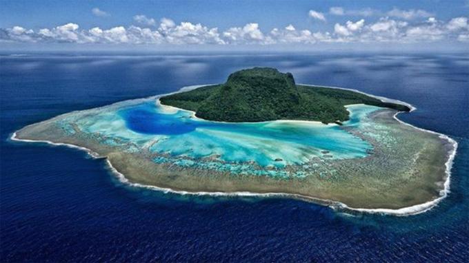 Hòn đảo thú vị nơi vợ chồng Hoàng tử Harry nghỉ dưỡng