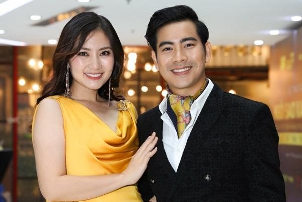 Lo lắng cho Ngọc Lan, Thanh Bình không rời nửa bước tại Duyên Dáng Việt Nam 30