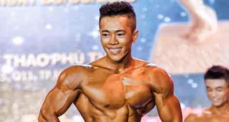 Hành trình 5 năm khổ luyện của chàng trai gầy gò thành quán quân Fitness