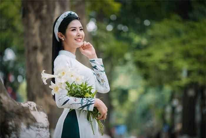 Hoa hậu Ngọc Hân tham gia chương trình Đại lễ Vu Lan báo hiếu 2018