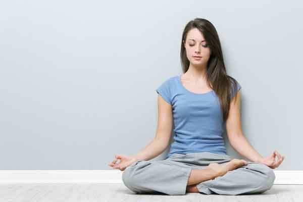 """Ngồi thiền giúp tinh thần thoải mái và giảm cân trong những ngày """"cách ly xã hội"""""""