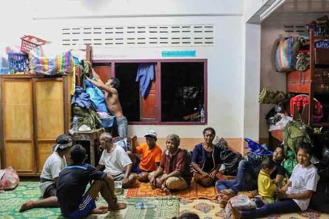 Sau vỡ đập Lào, người dân lánh nạn ra sao?