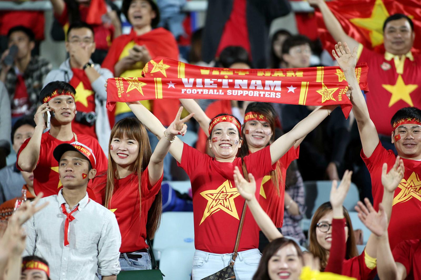 Người hâm mộ đồng hành với đội tuyển Việt Nam theo cách đặc biệt chưa từng có