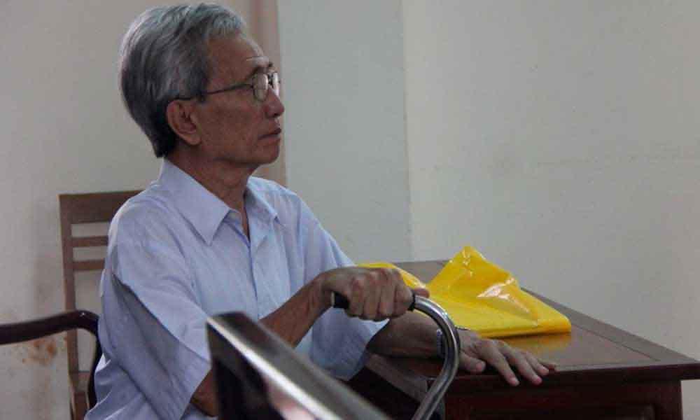 """Nguyễn Khắc Thủy lại viện cớ """"sức khỏe yếu"""" để hoãn thi hành án"""