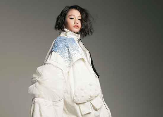 Trang phục thu đông cho siêu mẫu nhí